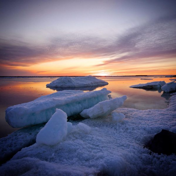 sea-north-tours-floe-ice-tours-churchill-river-broken-up