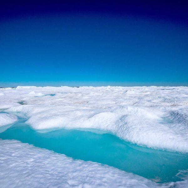 sea-north-tours-floe-ice-tours_turquoise-water-churchill